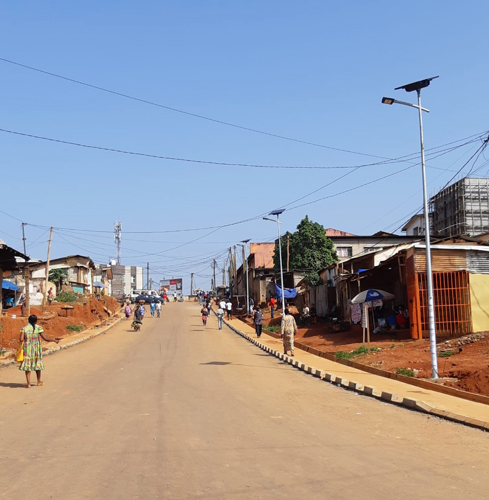 cameroon-yaounde-eclairage-solaire-public-fonroche-lighting