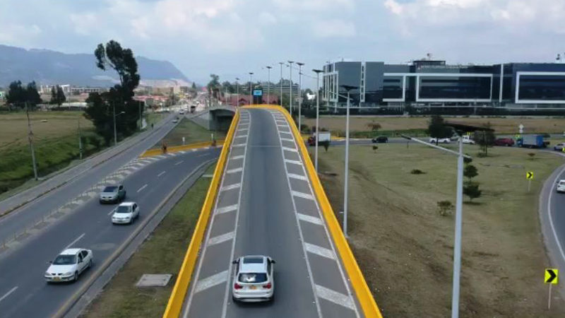 colombia-fonroche-lighting-solar-road