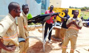 Fonroche solar street lamps light up the Ouagadougou-Lomé highway