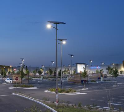 Off-grid solar lighting in Toulouse