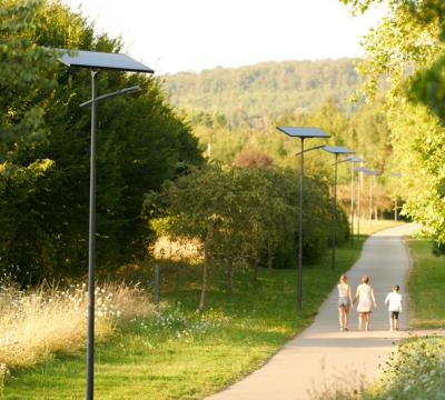The Perigueux green ways lit by solar street lamps