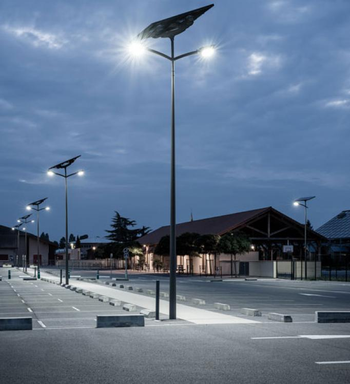 A parking lot equipped with off-grid streetlights