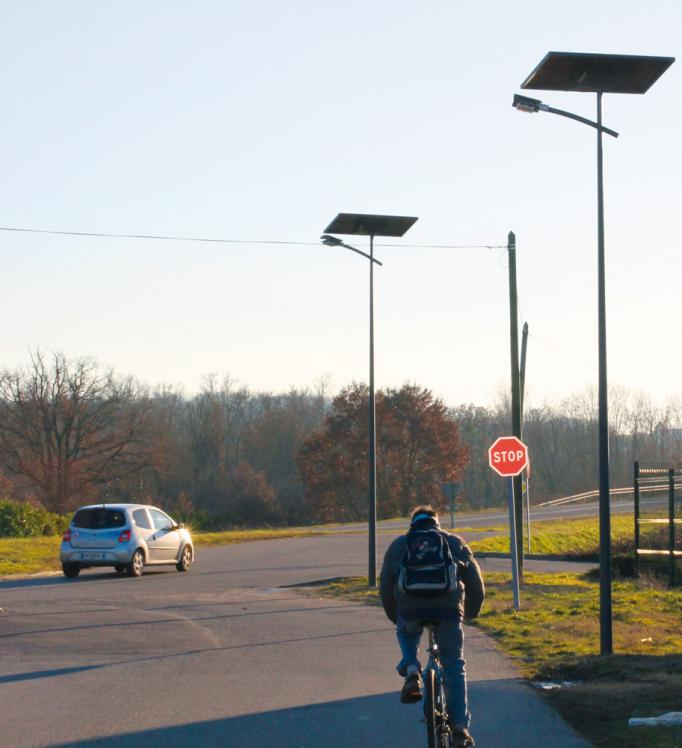 A urban network with off-grid solar street lights