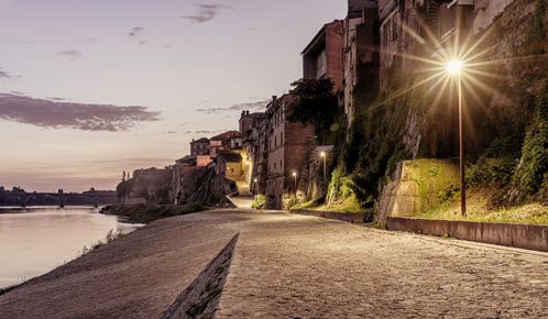 Solar LED street lights implanted along a quay in Tonneins, french city
